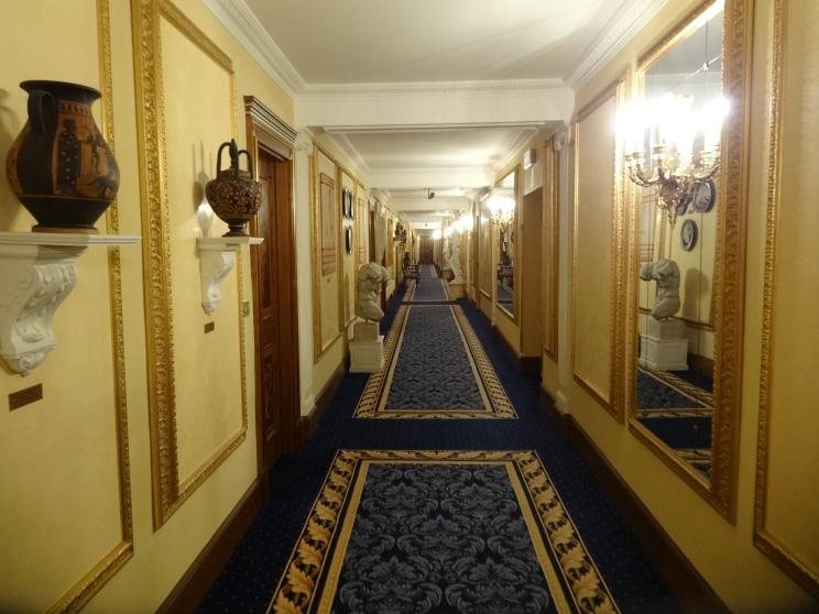 每層有一個主題,比如五樓是古希臘藝術
