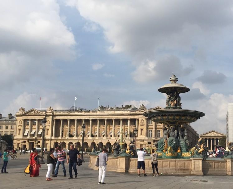 Paris Concorde square